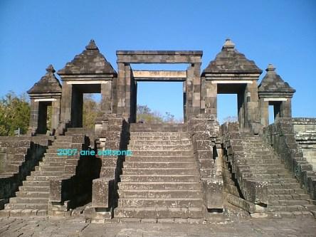 Gerbang Kraton Ratu Boko03